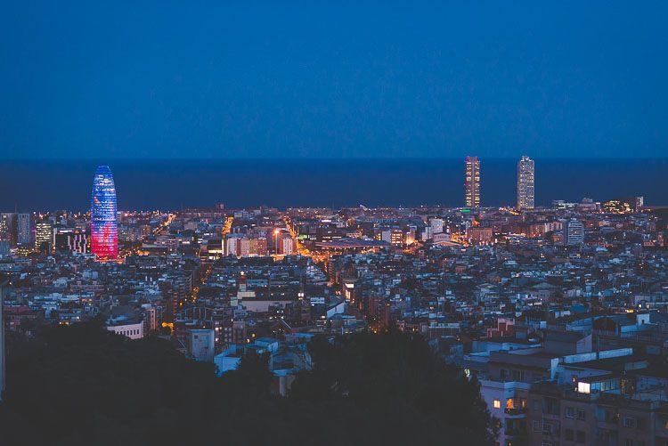 Vista de Barcelona de noche